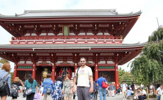 The last appearance of the beard (at Senso-Ji Temple